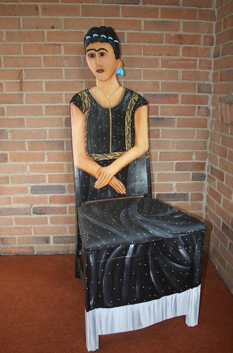 Fendos chair painting Frida Kahlo chair